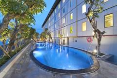 POP! Hotel Hardys Singaraja Square